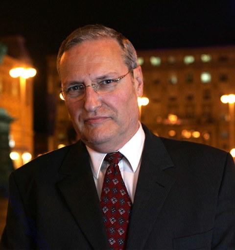 Efraim Zuroff in Defending History