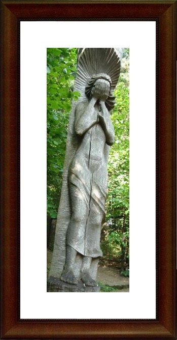 Bunka's weeping girl on Kausenai Hill