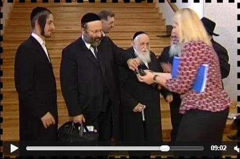 Showing the rabbis around