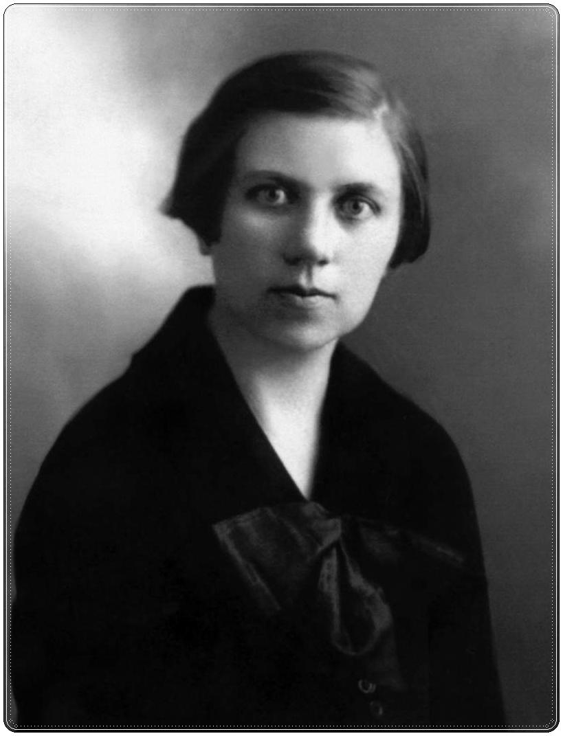 Ona Šimaitė around 1920