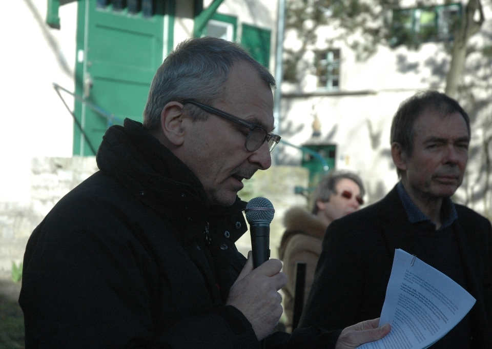 Volker Beck speaking outside the Latvian embassy